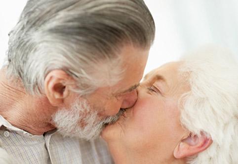 Секс 60 лет сухость влагалища